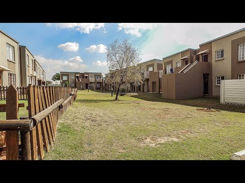 2 Bedroom Townhouse for sale in Gauteng | East Rand | Benoni | Brentwood Park | 39 Stan |