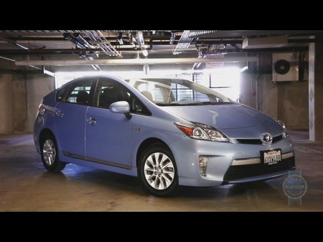 2017 Toyota Prius Plug In Video Review Kelley Blue Book
