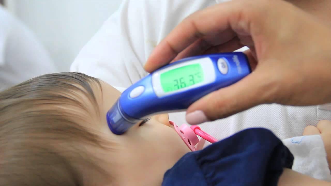 un termometro para medir la temperatura corporal