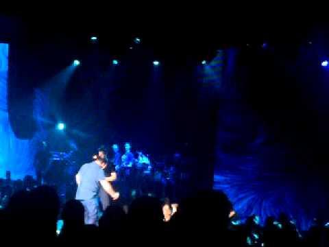 Duo portes Sakis Rouvas live @ Thalassa people stage 29/5