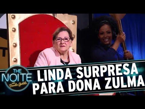 Dona Zulma recebe linda surpresa de Danilo Gentili | The Noite (16/03/17)