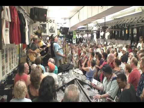 New Orleans Nightcrawlers @ Louisiana Music Factory JazzFest 2009 - PT 2