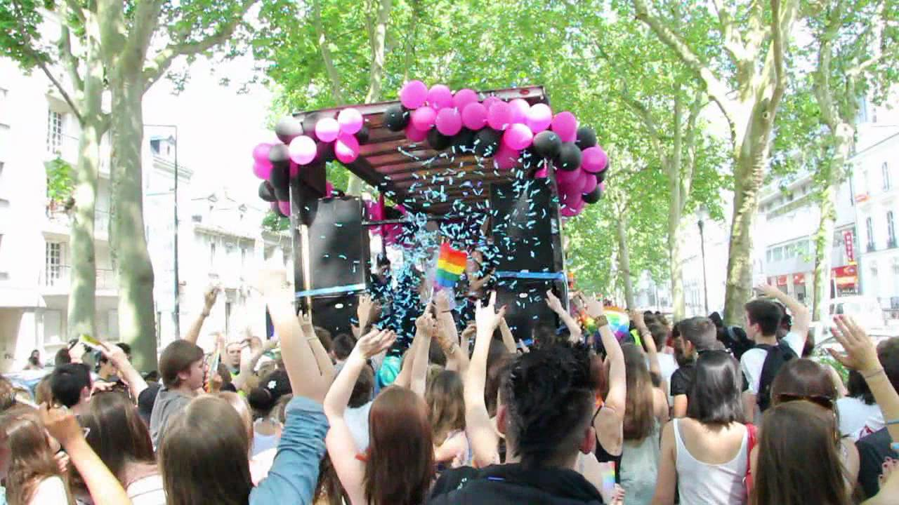 Gay Pride Tours 2012