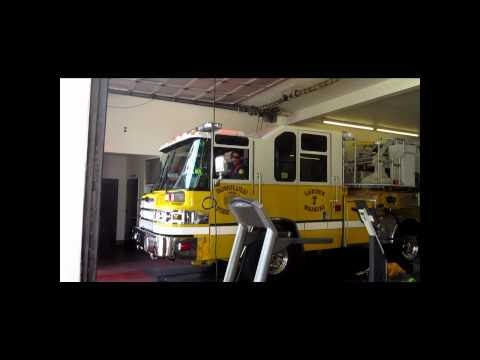 Honolulu Fire Department Truck 7 & Honolulu EMS