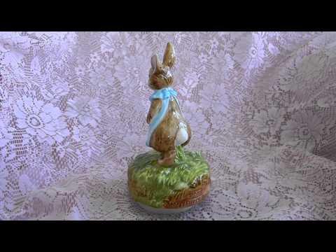 schmid music box vintage musical figurine beatrix potter mrs flopsy.MOV