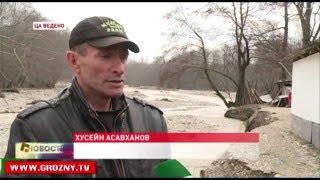 Соседство с рекой может обернуться для жительницы селения Ца-Ведено потерей жилья
