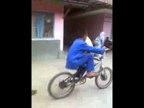 video lucu anak di bawah umur .mp4