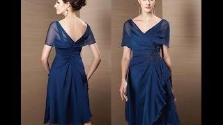 Vestido na cor azul marinho