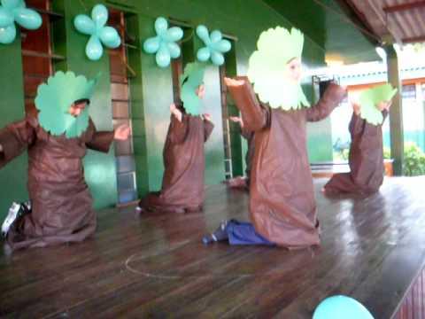 O teatro da escola Tarquinio SantosFoz do IguauPRJogo