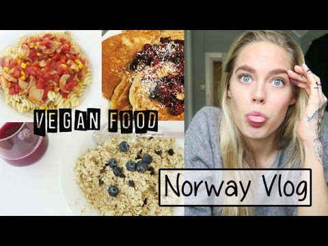 Norway Vlog - What I Eat Vegan / Walk in the Snow | Cornelia