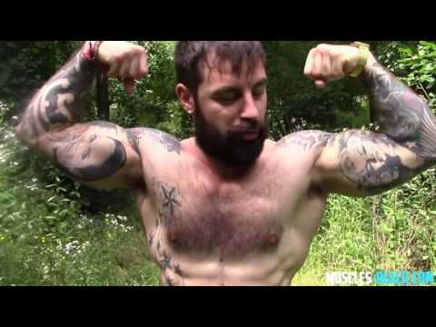Alby - Hairy Muscle God - Real Muscle flexing & worship - 24 mins - $14.95