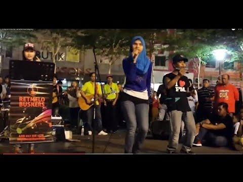 Goyang Nasi Padang - Lailatul Rahmah Feat RETMELO cover Duo Anggrek - memang mantap .Asyikkkk
