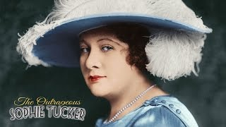 "Sophie Tucker Sings ""My Yiddishe Momme"""