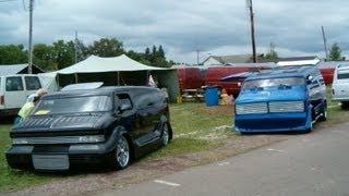 heavy metal and nautilus radical custom vans at 35th nats