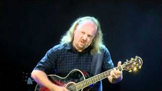 Watch Bill Bailey How Can I Feel Pain video
