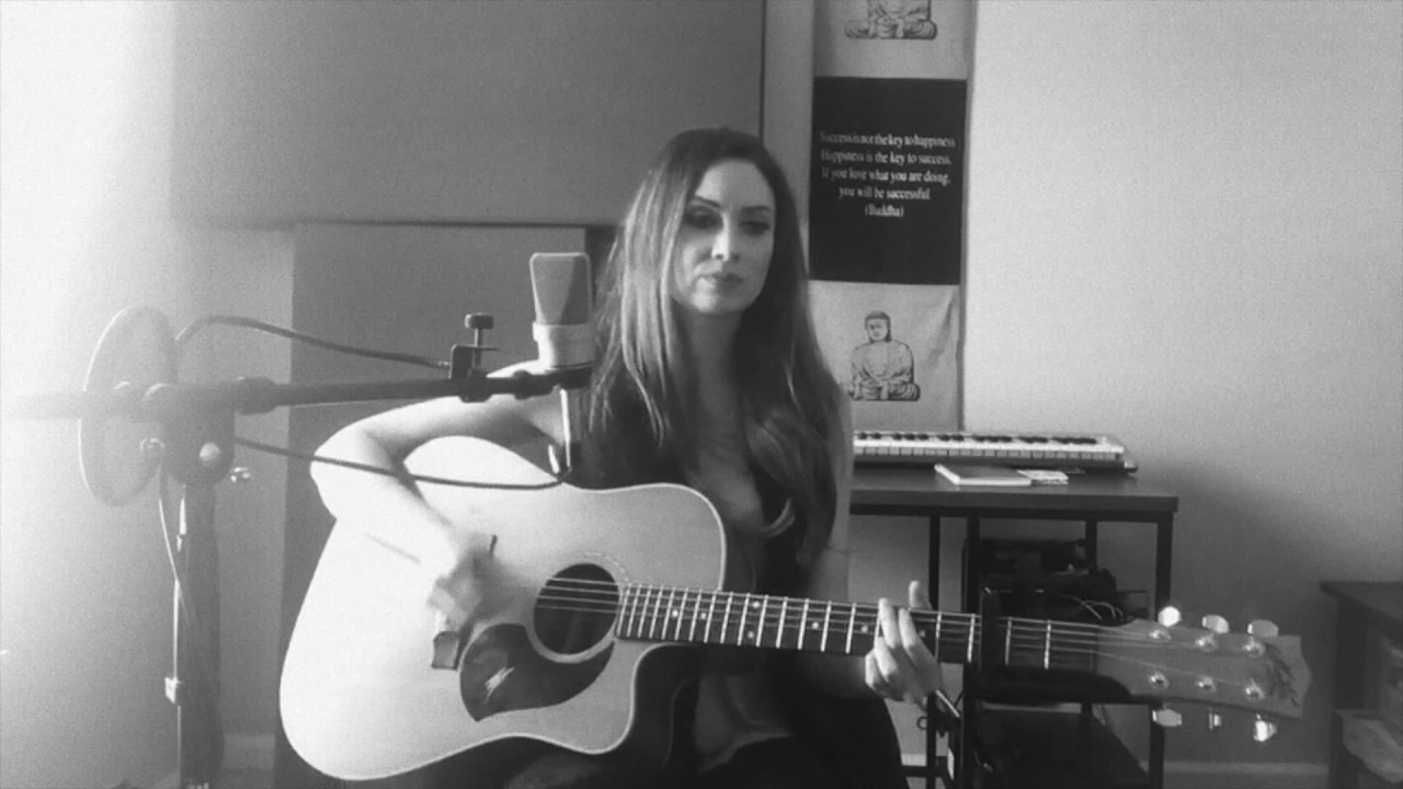 Download BLOWIN IN THE WIND - Bob Dylan cover - Katie Cole Tuneday