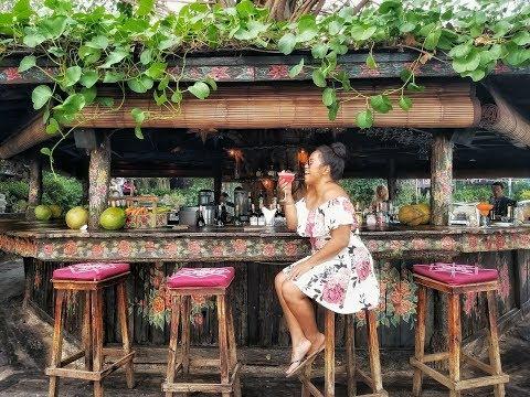 La Laguna Beach Bar | Bali