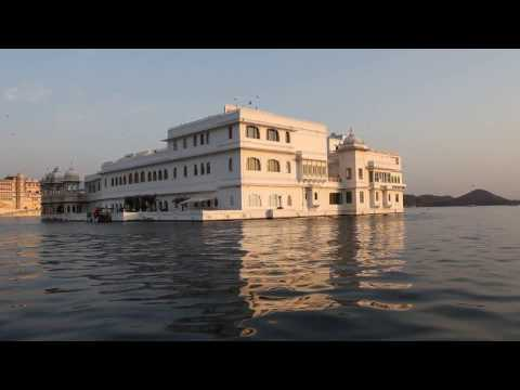 Floating Palace Taj Lake Palace Udaipur Rountour