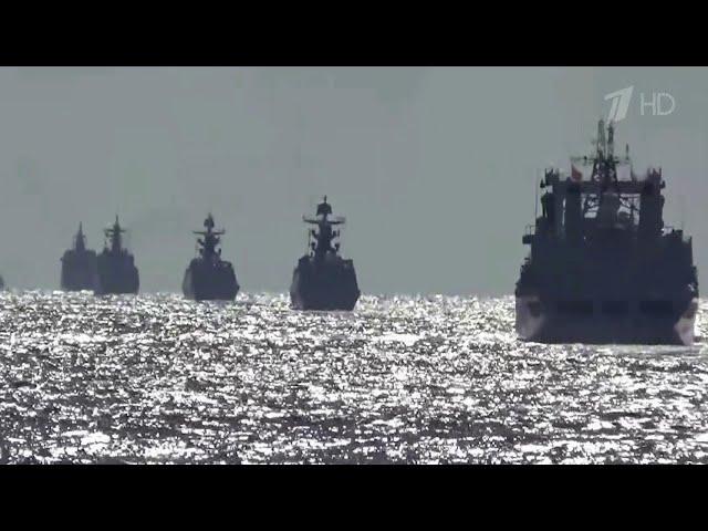 Боевые корабли России и Китая провели совместное патрулирование в Японском море.