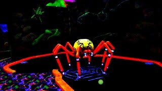 HUGE SPIDER on the Mini Golf Course! Let's Play Mini Golf For Real! | Matt3756