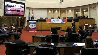 Estudantes participam da 26ª edição do Parlamento Jovem