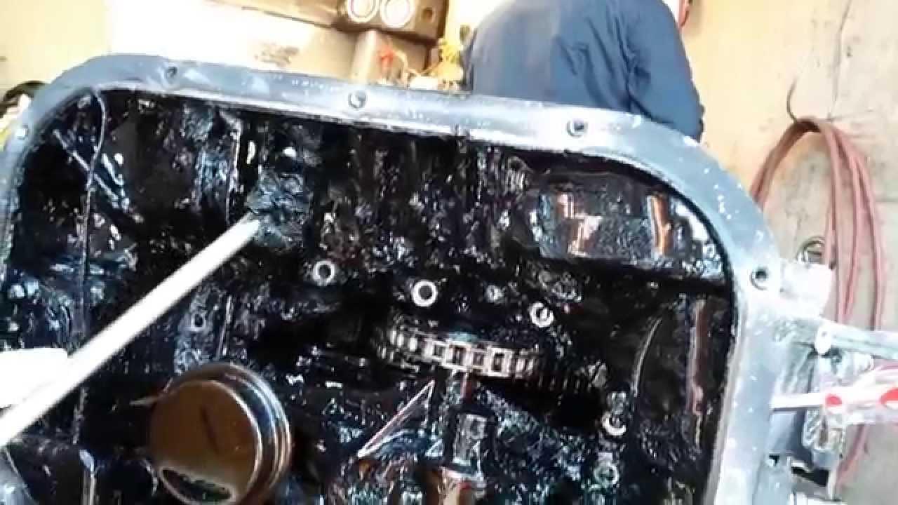 Mercedes extended oil change massive oil sludge youtube for Mercedes benz oil change interval