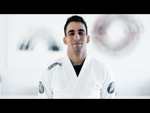 Gui Mendes | Counter Attacking Leg Weave With X Guard & Submissions | artofjiujitsu.com