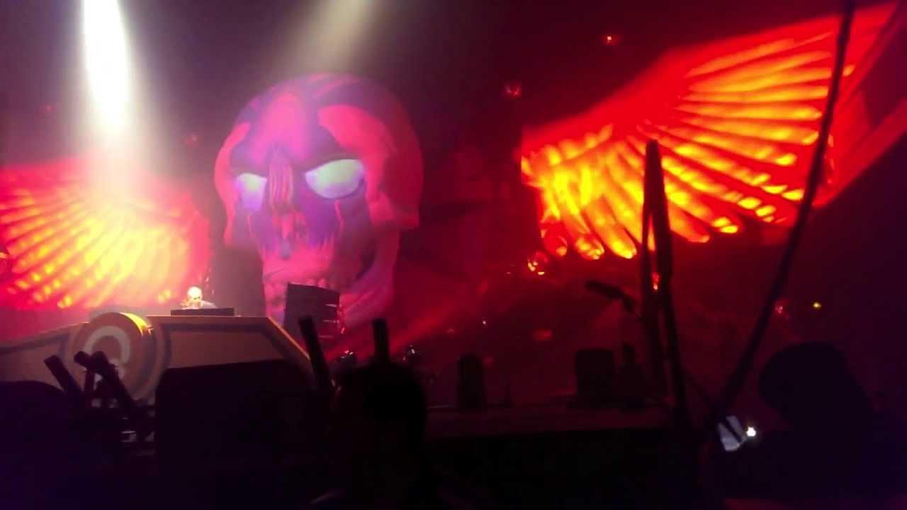 Download THE SOUND OF Q-DANCE LA 2013