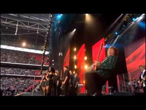 Rod Stewart - Sailing.- Live - Embley stadium 2007 (tribute to Lady Diana)