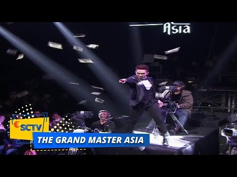 TAK PERCAYA, Meteor Bagi-Bagi Uang di Panggung The Grand Master Asia