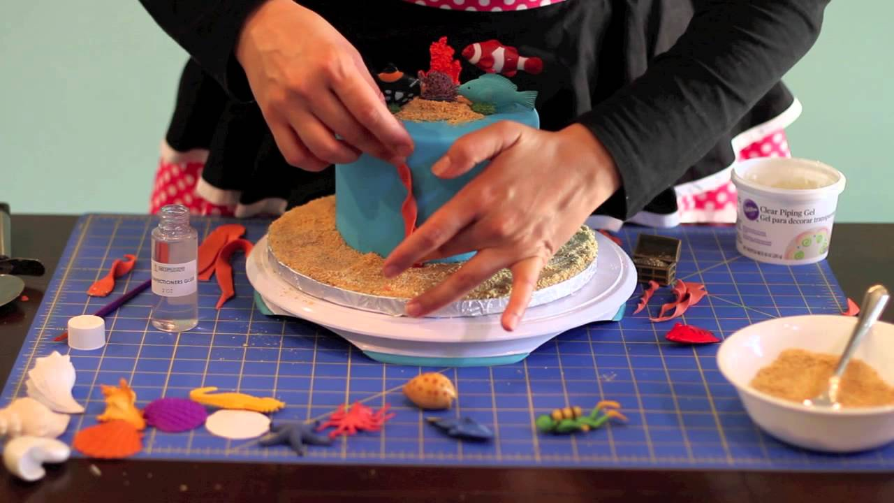 """Under The Sea"" Cake Decor With Safari Ltd® TOOBS®"