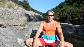 изометрическая тренировка-обучалка эффективной гимнастике для тех у кого нет времени на спортзал Тамир Шейх