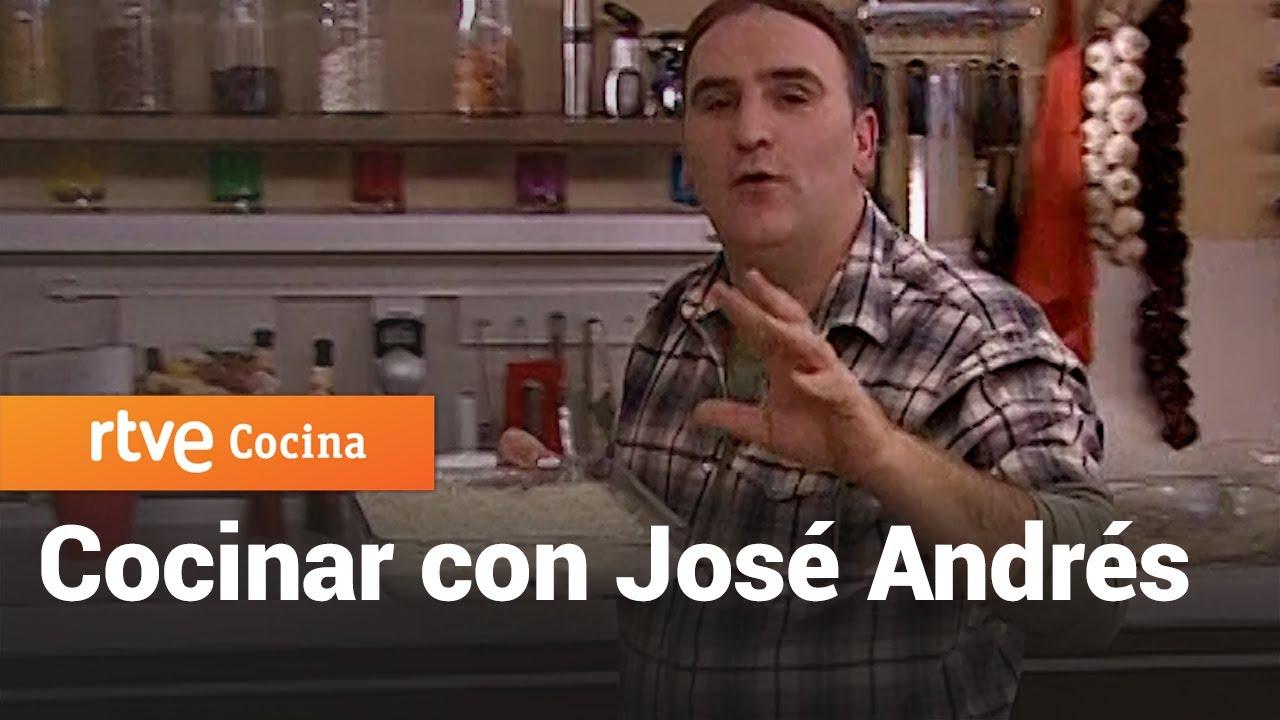 Lasaña de espinacas con bechamel - Vamos a cocinar con José Andrés | RTVE Cocina