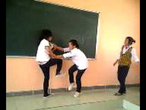 Hân and Trang school NVL