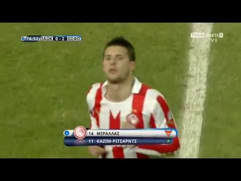 Kevin Mirallas leaving the pitch like a boss