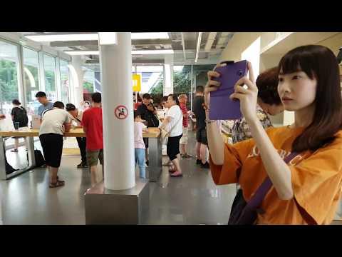 Xiaomi Flagship Store In Shanghai, Lujiazui | 4K