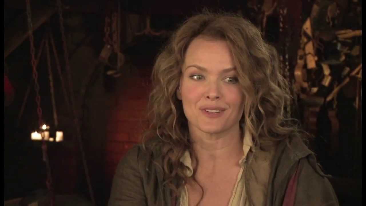 dina meyer facebook
