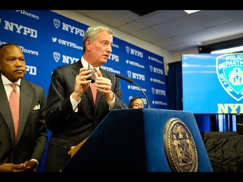 Mayor de Blasio Announces NYPD Body Cameras