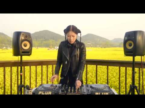 DJ BLUE sunrise  minimal house set /china chengdu