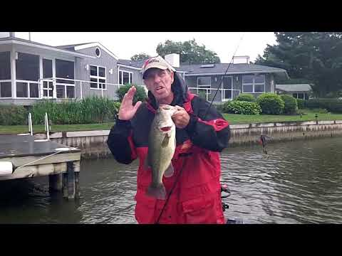 bad-weather-and-big-bass-on-the-bay