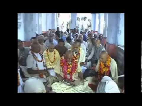 Pathbari's Vrindavan Yatra