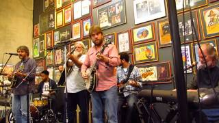 Leftover Salmon Live At Twist And Shout (4)