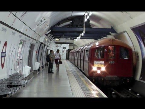 1938 Tube Stock Heritage Train @ Embankment station