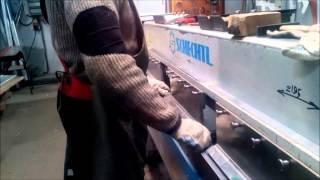 видео Изготовление и монтаж перфорированных металлокассет