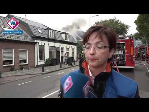Monumentale woonboerderij in Sassenheim brand uit na blikseminslag