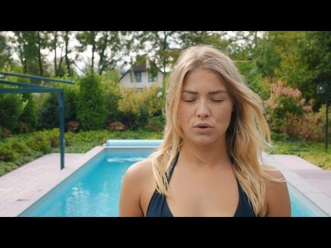 F - Wat Een Leventje (Official Video)