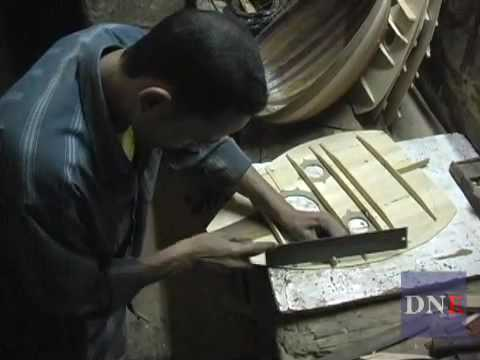 Oud Maker in Cairo