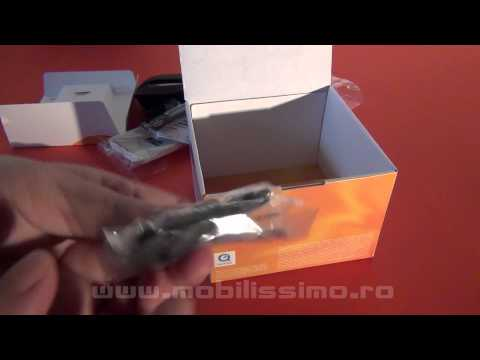 Sony Ericsson Xperia Active unboxing video - Mobilissimo TV