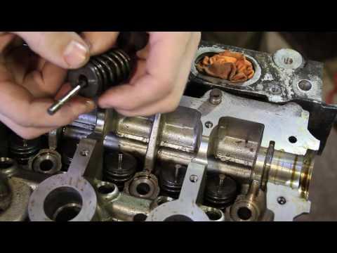 Фото к видео: Ремонт двигателя K4J на Renault Symbol (1я часть)