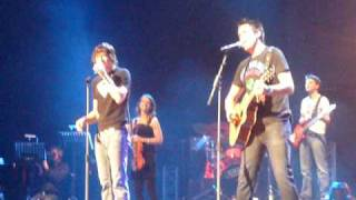 Nick en Simon - Sailing Home (live in Ahoy 9 mei 2009